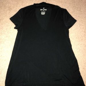American Eagle Outfitters Tops - Short sleeve v neck